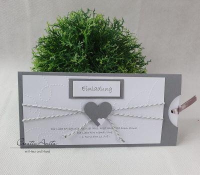 Einladungskarte Schiebekarte in Grau-Weiß