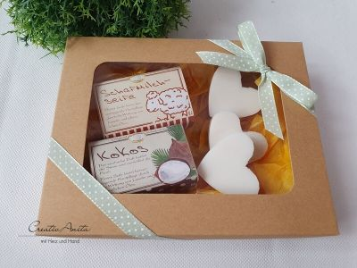 Geschenkbox mit hochwertiger Schafmilchkosmetik - Geschenkset CLASSIC