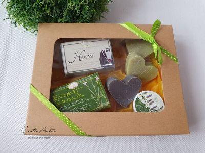Geschenkbox für MÄNNER mit hochwertigen Schafmilchseifen