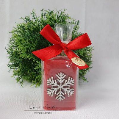 Weihnachtsgeschenk - 1 Stück Schafmilchseife WALDBEERE weihnachtlich dekoriert mit Schneeflocke