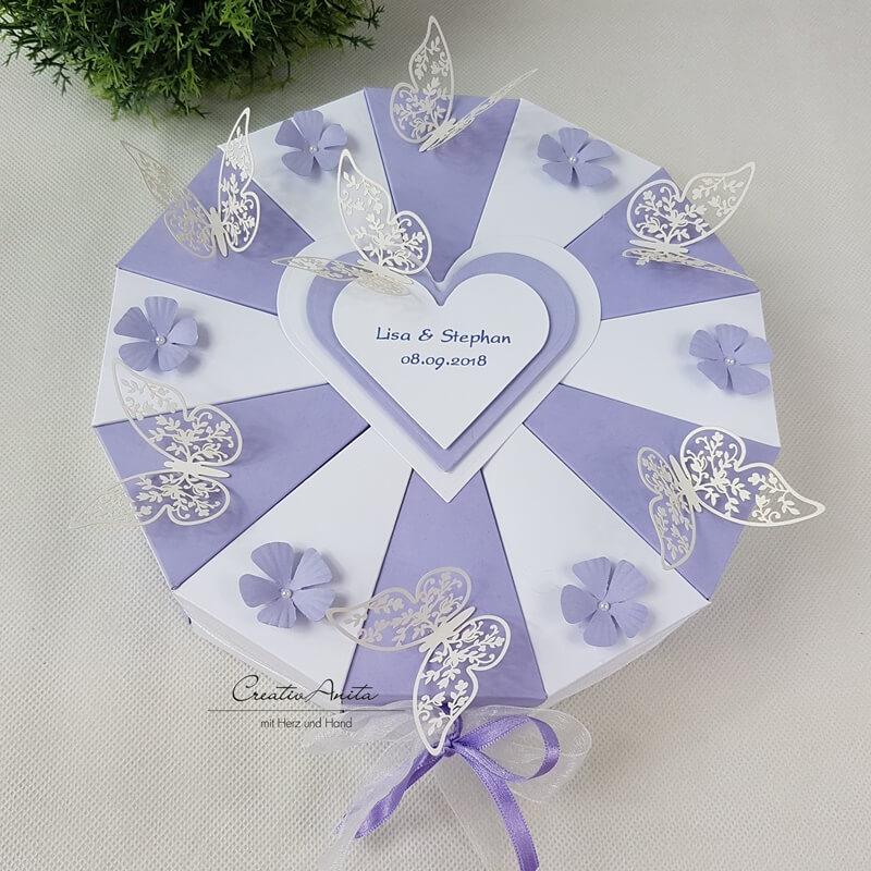 Schachteltorte Blumen Schmetterlinge Hochzeit Geldgeschenk